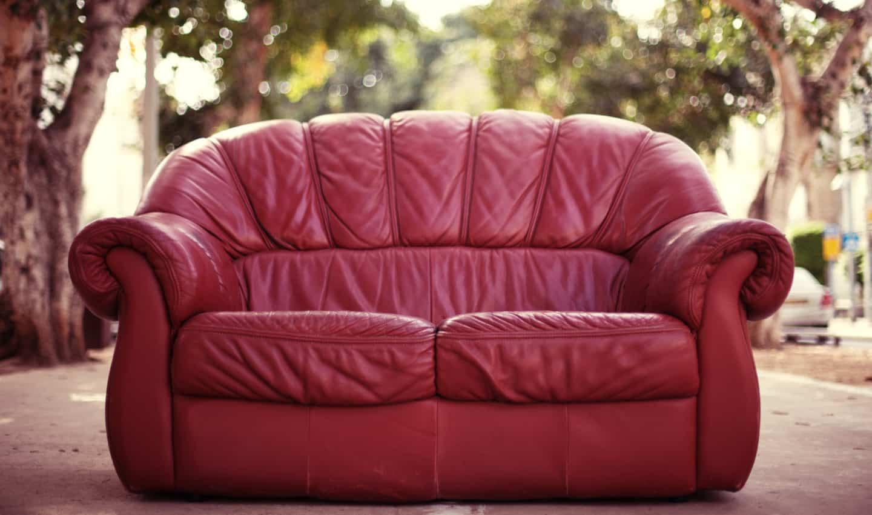 13 Ways to Get Free Furniture (Craigslist, Giveaways & More)