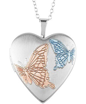 Christmas gifts for women: Locket