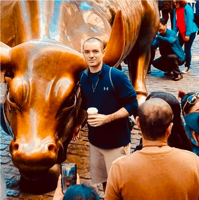 Jeff next to Wall St. bull